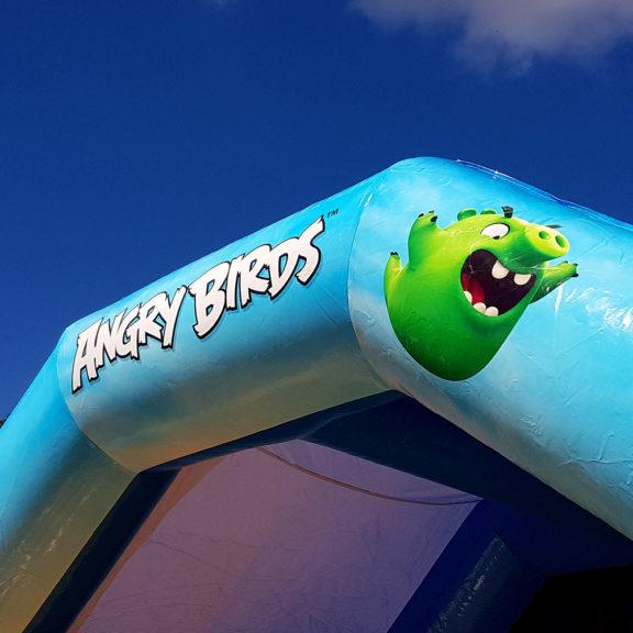 Angry Birds -pomppulinna