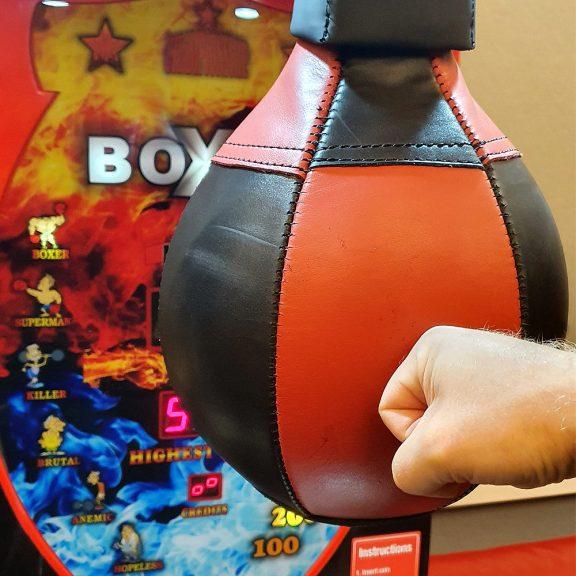Boxer lyöntipeli