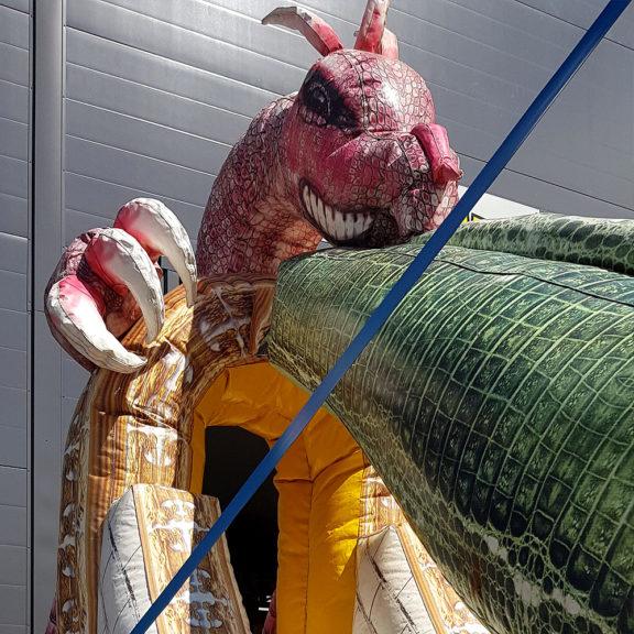Lohikäärme-liukumäki