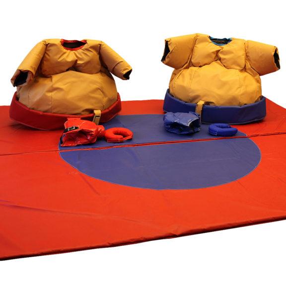Lasten sumopuvut ja tatami